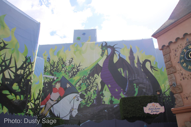 Disneyland Castle Stardust Maleficent 2 Micechat