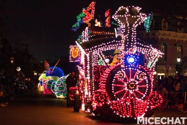 The Main Street Electrical Parade Returns to Disneyland