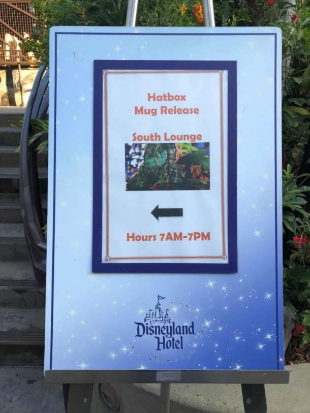 2019 Disneyland Haunted Mansion Trader Sams Hatbox Ghost Tiki Mug PIN