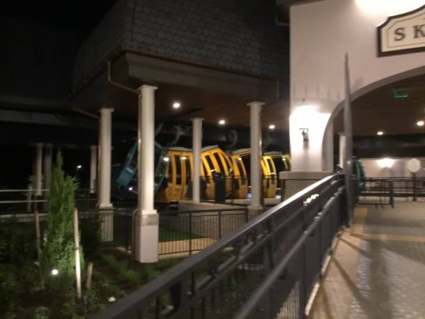 Malfunction leaves Disney World's Skyliner passengers stuck in the air
