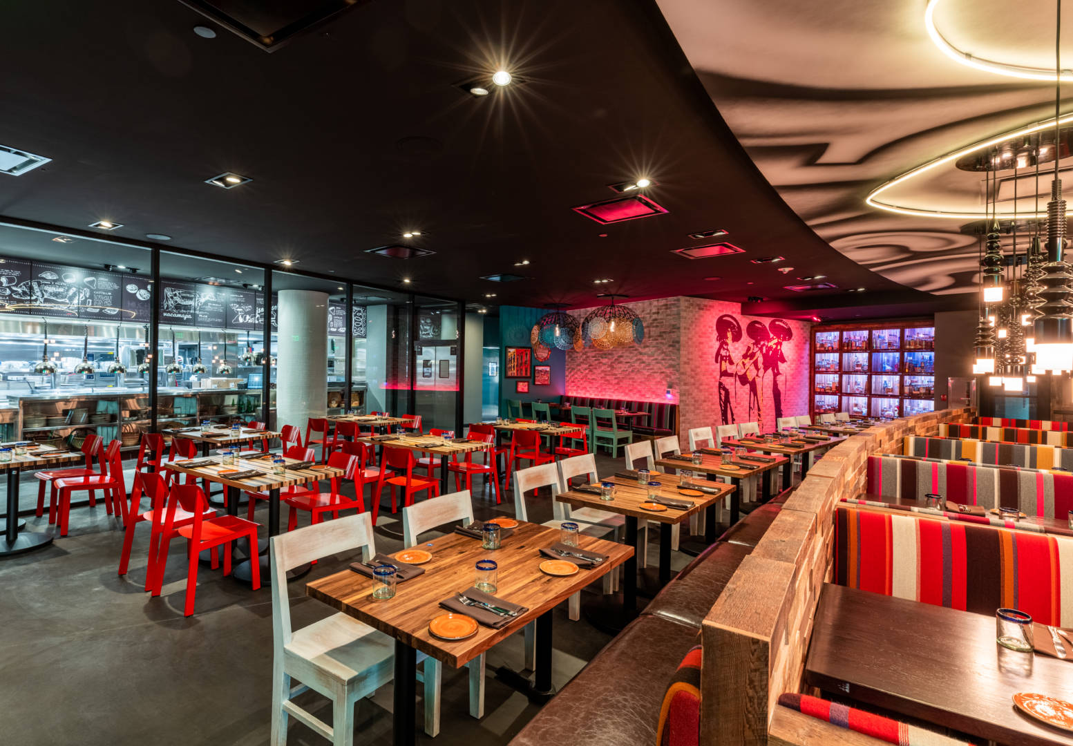 Universal Hollywood Citywalk Offers Two New Restaurants