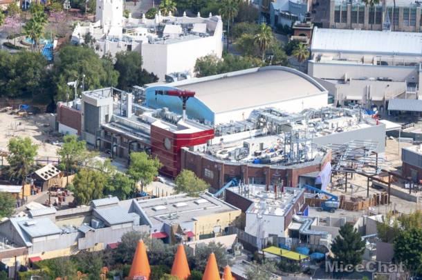 [Disney California Adventure] Avengers Campus (18 juillet 2020) - Page 6 Disneyland-DCA-Marvel-Land-Closeup-610x406